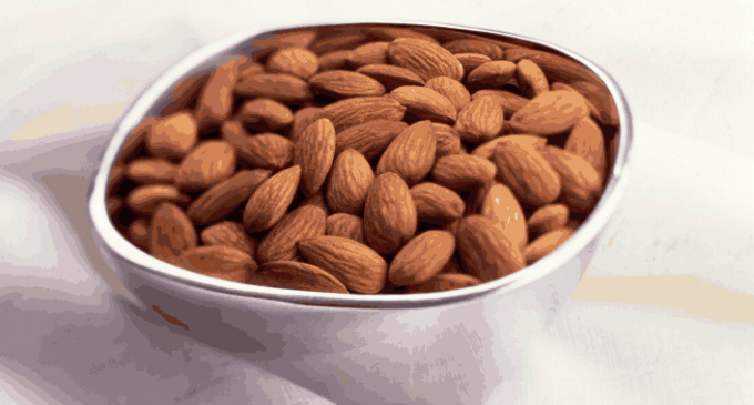Eating More Nuts Improves Mortality and Reduces Cancer Risk