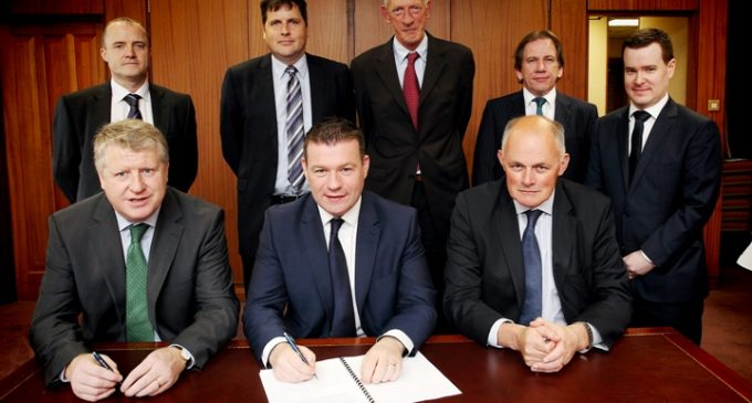 Arrabawn Co-op and Gaslink Sign Natural Gas Agreement