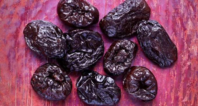 Consumption of Prunes Does Not Undermine Weight Management or Produce Adverse Gastrointestinal Effects