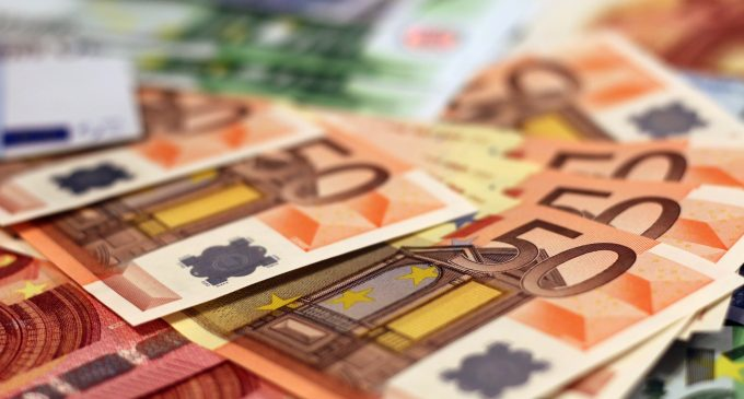 ICTU calls for action on executive salaries